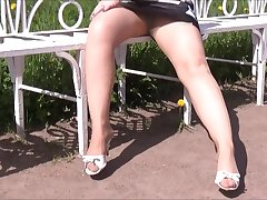 Despondent Fingertips in pantyhose - StilletoGirl