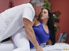 After workout muddied Angela White wants to bundles stack up a friend's paper money