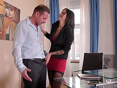 Secretary in stockings Summer swallows cum in the office