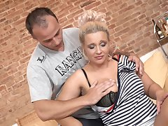 Untrained video of mature blonde chick getting fucked balls deep
